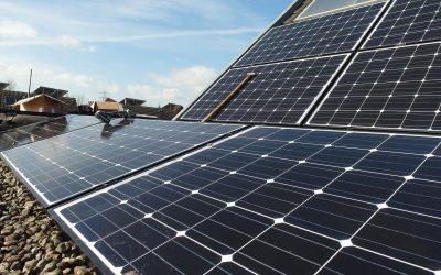 solar-panels-692834_1920